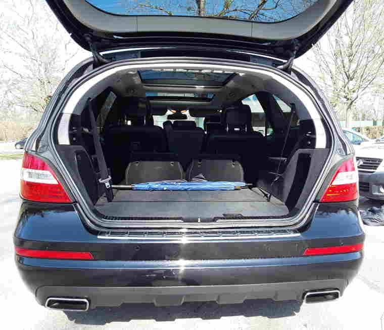 modele spacieux 7 places limousine services transfert montagne ete hiver