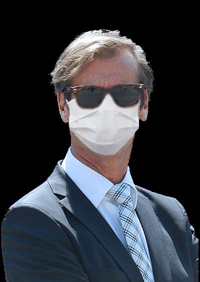 Portrait de Christophe Lauffer avec masque